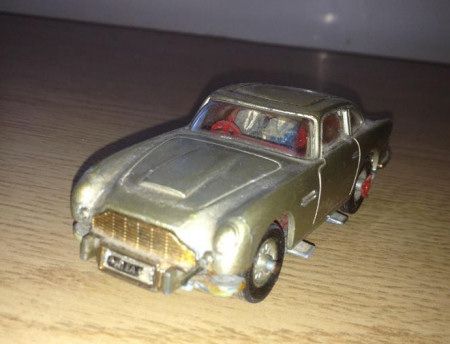 James Bond model cars - the Corgi Aston Martin DB5