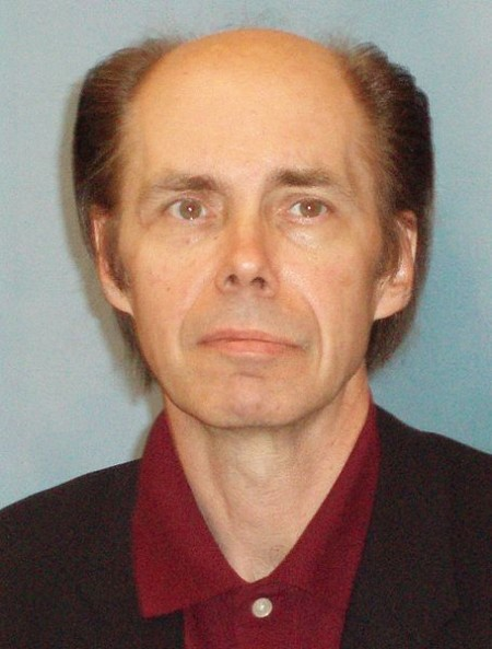 455px-Jeffery_Deaver_October_2006